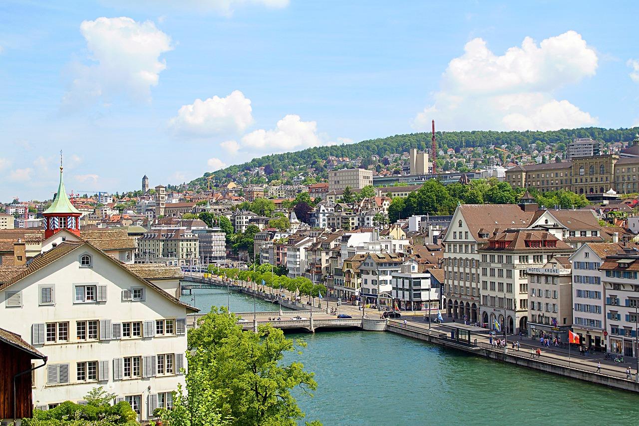 Zürich: éjszakai élet és a klubok   Éjszakai városlátogatás
